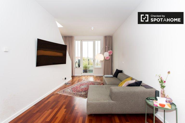 Helle Wohnung mit 3 Schlafzimmern in Prenzlauer Berg zu vermieten