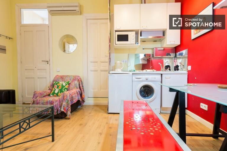 Apartamento de 2 quartos ao lado da Plaza de España - Madrid