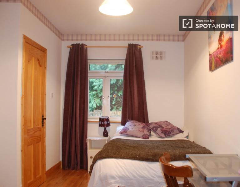 Bedroom 1 - Double Bed, Ensuite