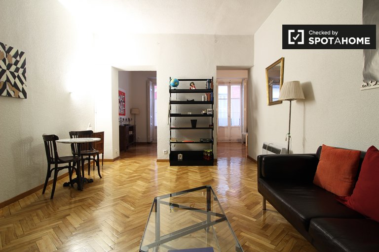 Charming 2-bedroom apartment for rent in Madrid City Centre