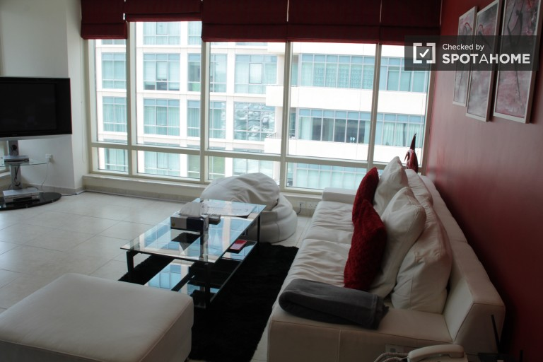 2-bedroom apartment for rent in Dubai Marina, bills and cleaning included