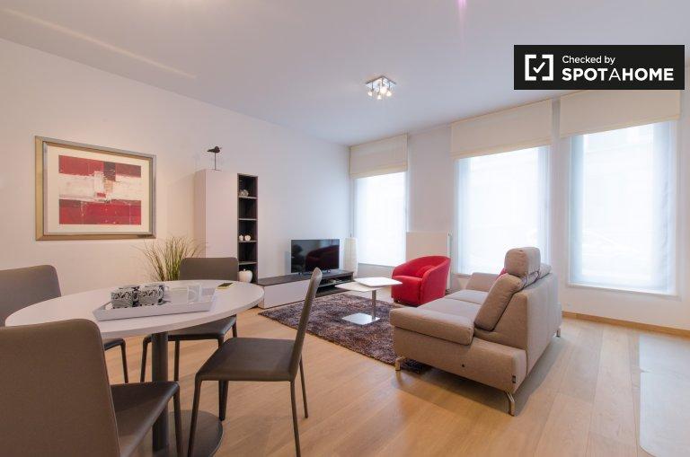 Wyremontowany apartament z 1 sypialnią do wynajęcia w Saint Josse