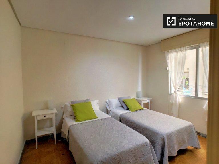 1-pokojowe mieszkanie do wynajęcia w Delicias, Madryt