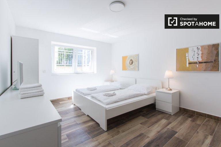 Chambre spacieuse dans appartement avec 3 chambres, Steglitz-Zehlendor
