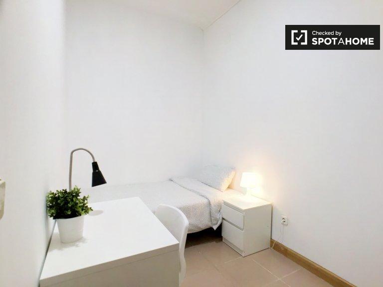 Modern room for rent in Embajadores, Madrid