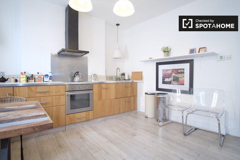 Schöne 2-Zimmer-Wohnung in Camden, London zu vermieten
