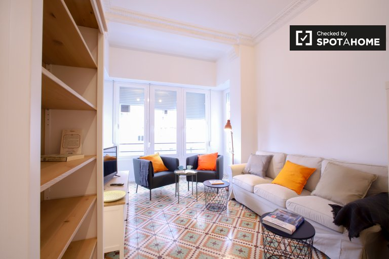 3-bedroom apartment for rent in Extramurs, Valencia