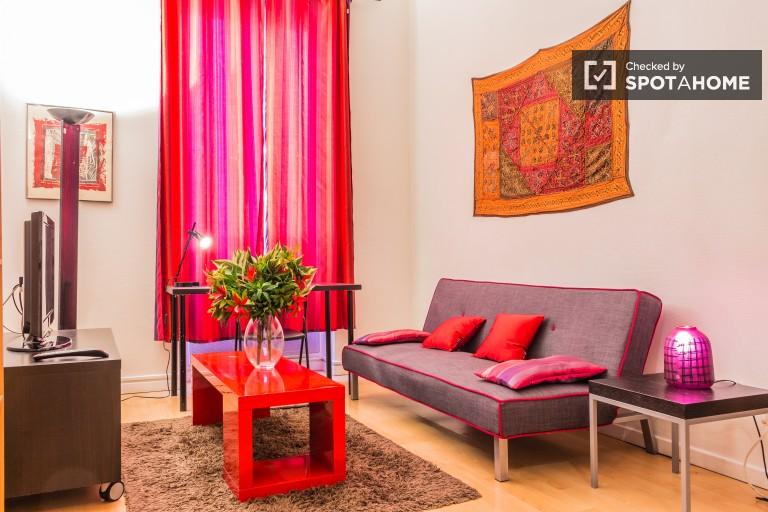 Cozy 1 Bedroom Apartment Near Universities