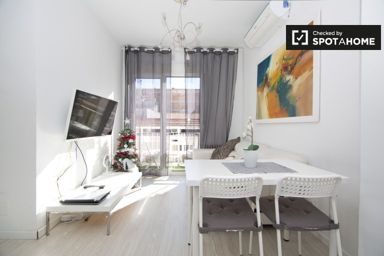 One bedroom apartment with AC in Prosperidad, Madrid