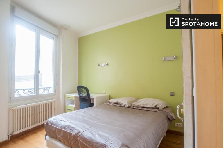 Umeblowany pokój w apartamencie w Passy, Paryż