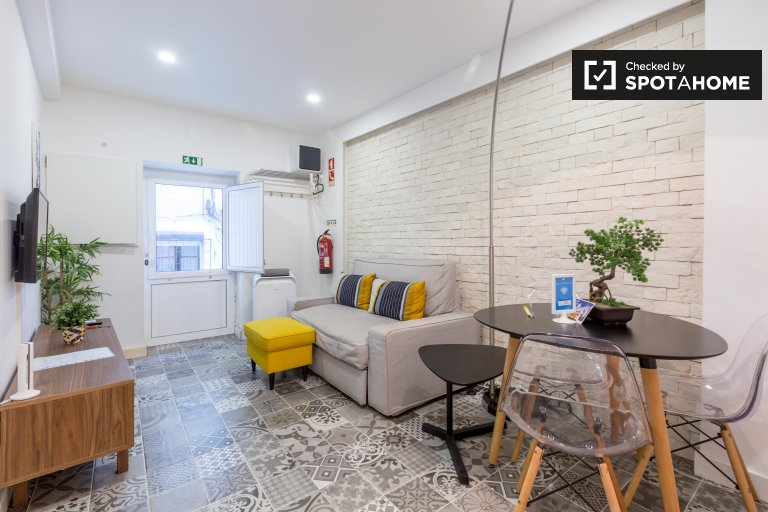 1-bedroom apartment for rent in Santa Maria Maior, Lisbon