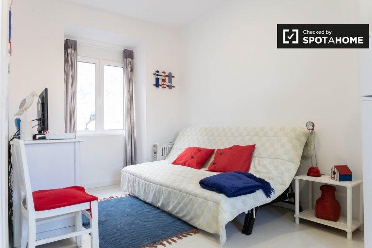 1-bedroom apartment for rent in Graça e São Vicente, Lisbon