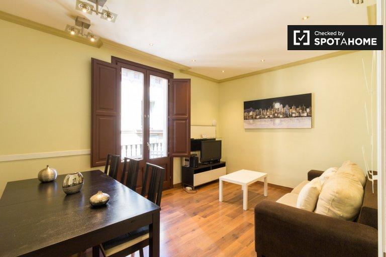 Apartamento de 4 dormitorios en alquiler, El Raval, Barcelona.