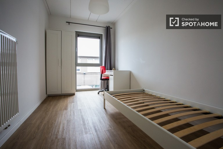Single Bed in 26 rooms in student housing in Anderlecht, Brussels near ULB Campus Erasme