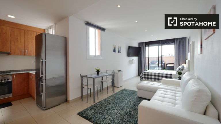 Studio apartment for rent L'Esquerra de l'Example Barcelona