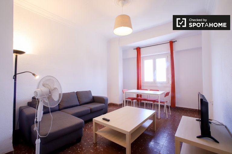 3-Zimmer zu vermieten in Olivereta, Valencia