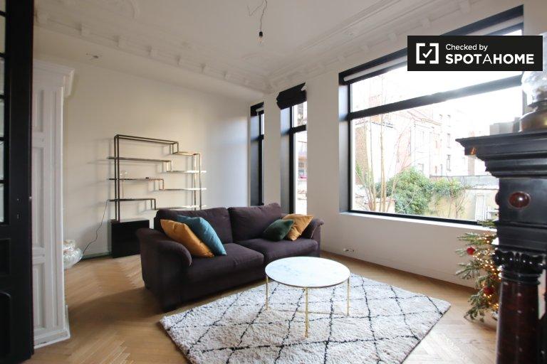 2-pokojowe mieszkanie do wynajęcia w Schaerbeek, Bruksela