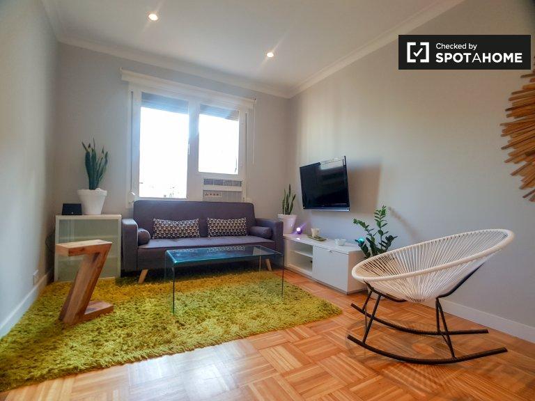 4-pokojowe mieszkanie do wynajęcia w Sagrada Familia, Barcelona