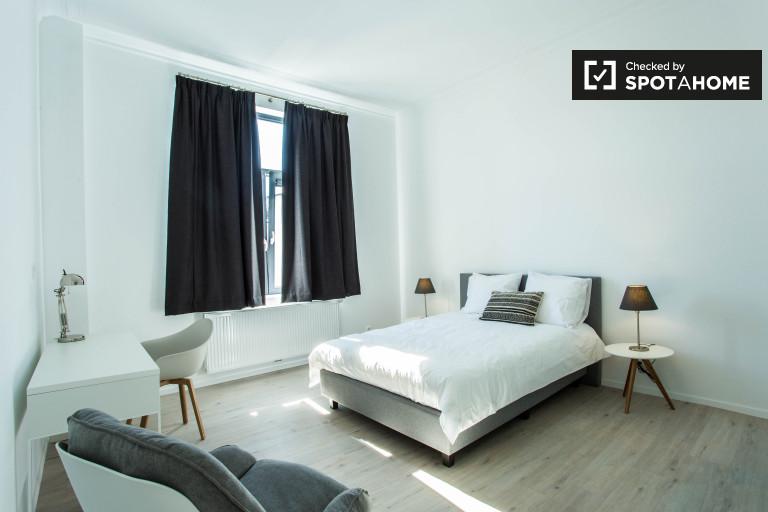 Woluwe'de daire bulunan samimi oda, Brüksel