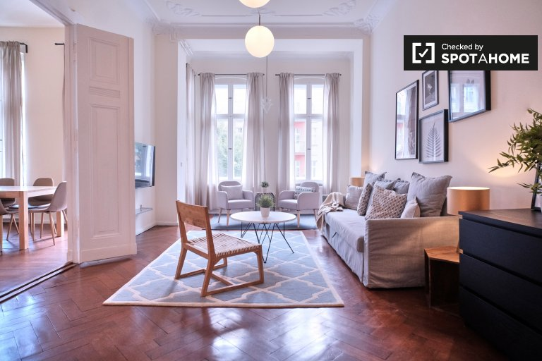 Bright apartment with 3 bedrooms for rent Prenzlauer Berg