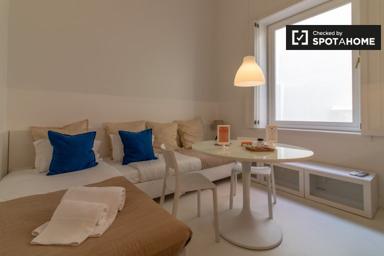 Cosy studio apartment for rent in Chiado, Lisbon