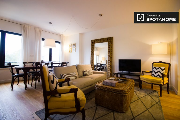 4-bedroom apartment for rent in Avenidas Novas, Lisbon