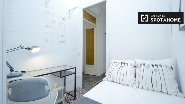 Gemütliches Zimmer in 6-Zimmer-Wohnung in Barri Gòtic Barcelona