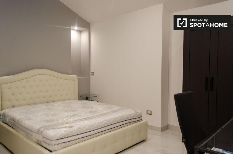 Przytulny pokój w domu z 3 sypialniami w Centro Storico w Rzymie