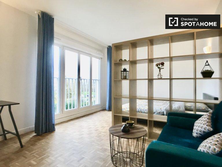 Geräumiges Zimmer zur Miete in einer 3-Zimmer-Wohnung in Villejuif