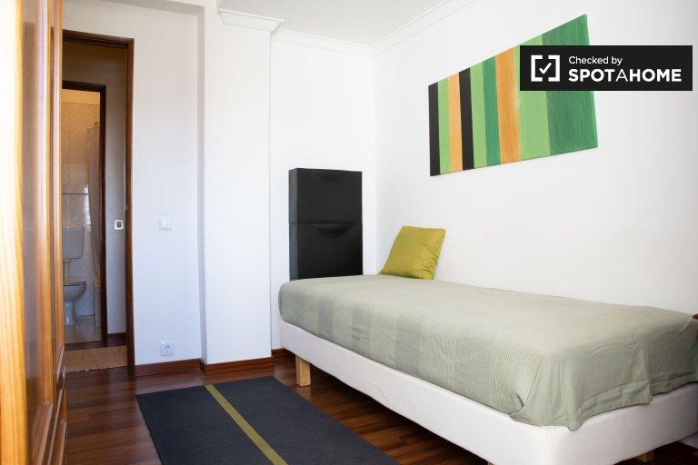 Lizbon, Sacavem 3 yatak odalı kiralık daire