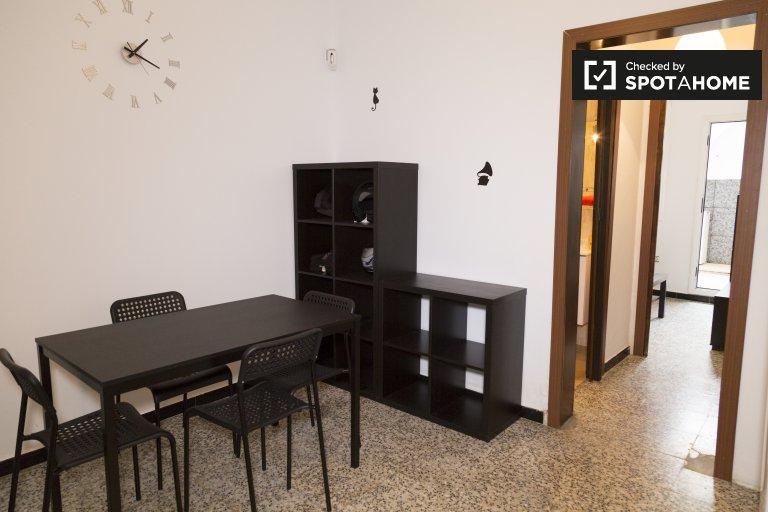 Appartement de 2 chambres à louer avec terrasse à Trinitat Vella