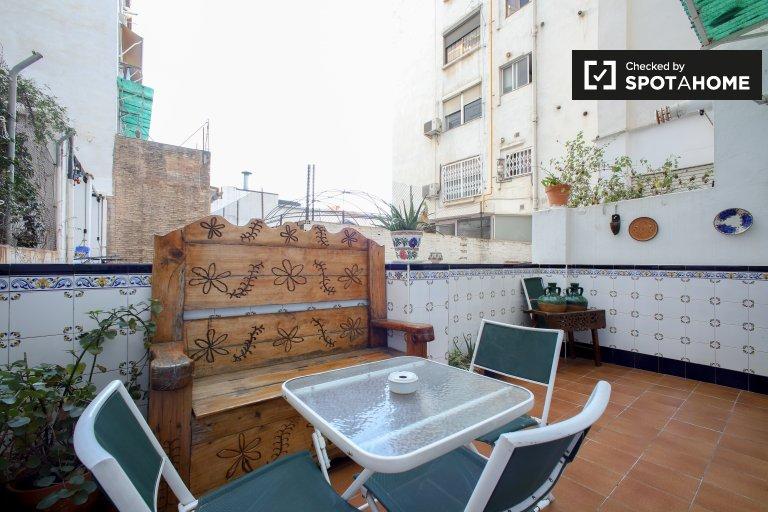 Przestronne 4-pokojowe mieszkanie do wynajęcia L'Eixample, Valencia