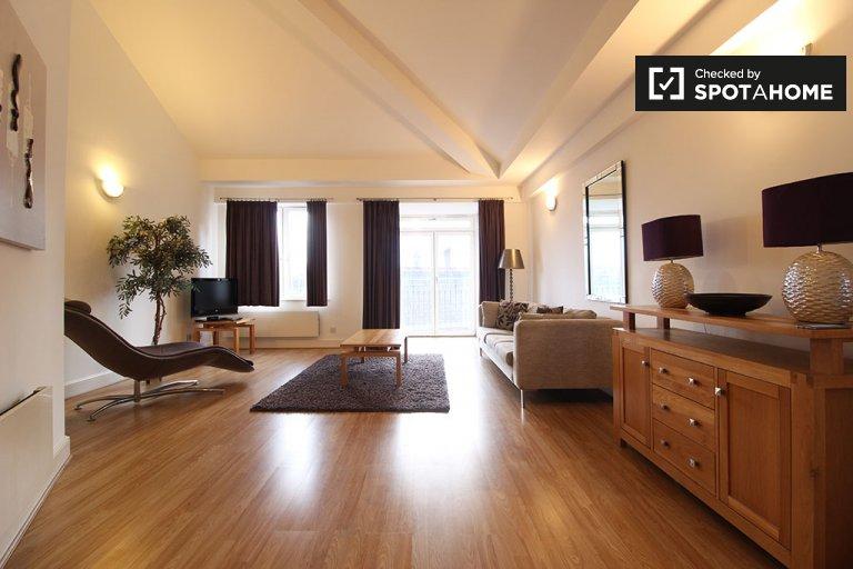 Stilvolles Haus mit 4 Schlafzimmern in Poplar, London zu vermieten