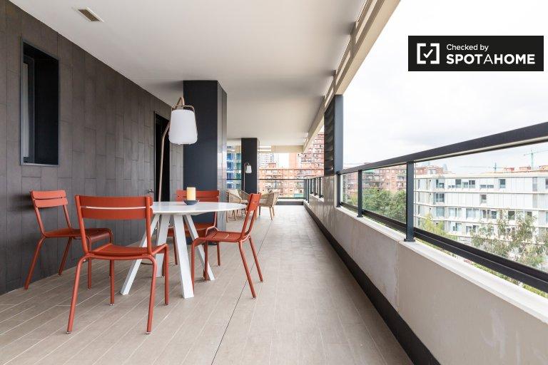 Mieszkanie z 2 sypialniami do wynajęcia w Fòrum w Barcelonie