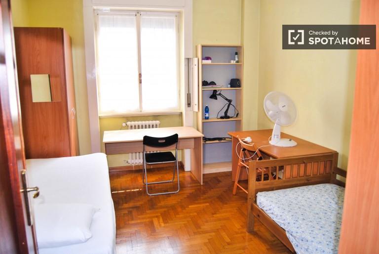 Bedroom 1 - Twin beds
