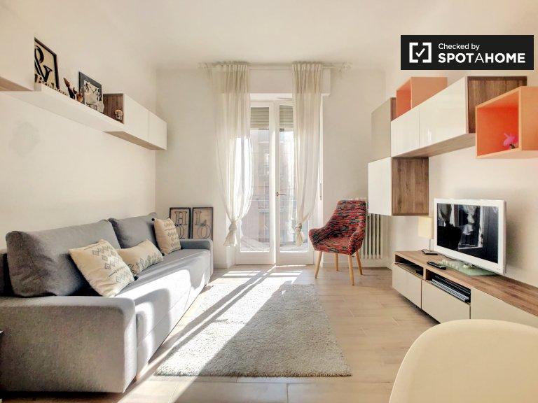 Quarto luminoso para alugar em apartamento de 2 quartos em Niguarda.
