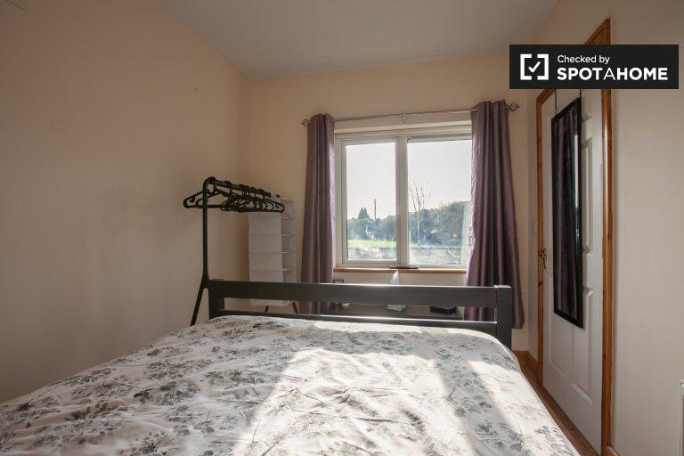 Room for rent in 4-bedroom house in Celbridge, Dublin