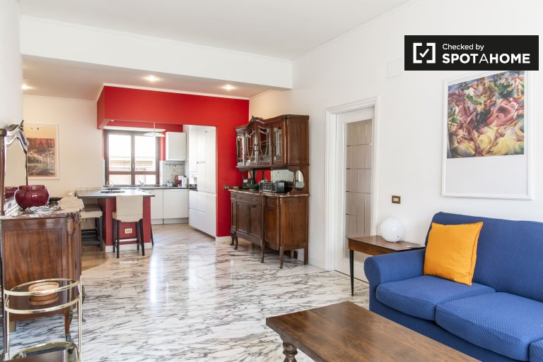 Apartamento chique de 3 quartos para alugar em EUR, Roma