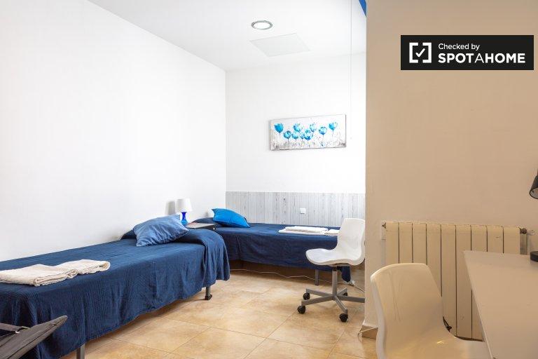 Luminous room in apartment in Vila de Gràcia, Barcelona