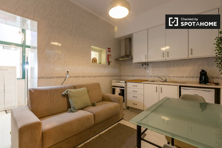 Spacious 2-bedroom apartment for rent in Beato, Lisbon