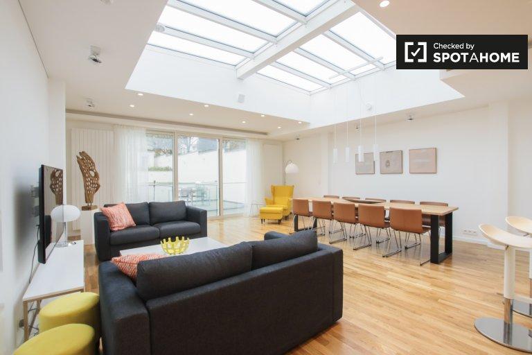 Appartamento con 3 camere da letto in affitto a Etterbeek, Bruxelles