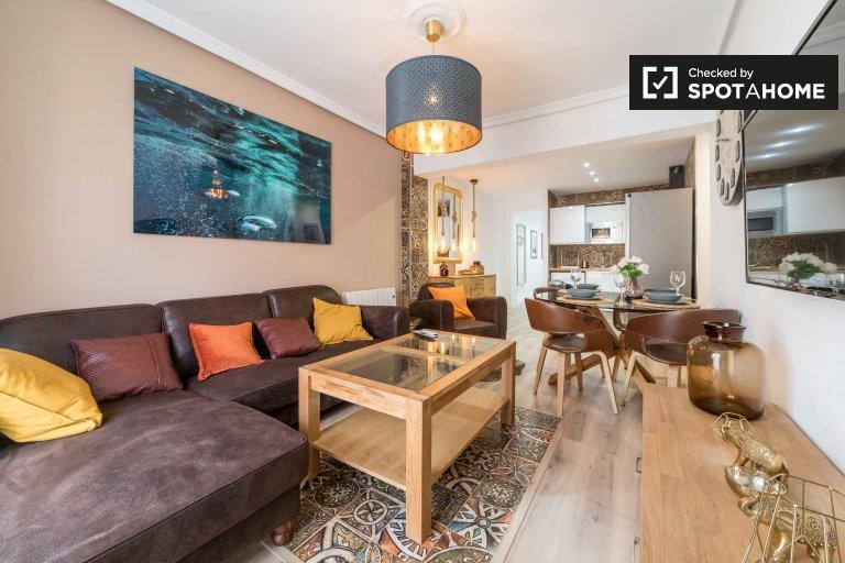 Elegante apartamento de 3 dormitorios en alquiler en Camins al Grau