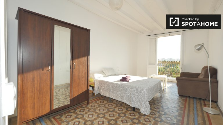 Barri Gòtic, Barselona Kiralık büyüleyici oda
