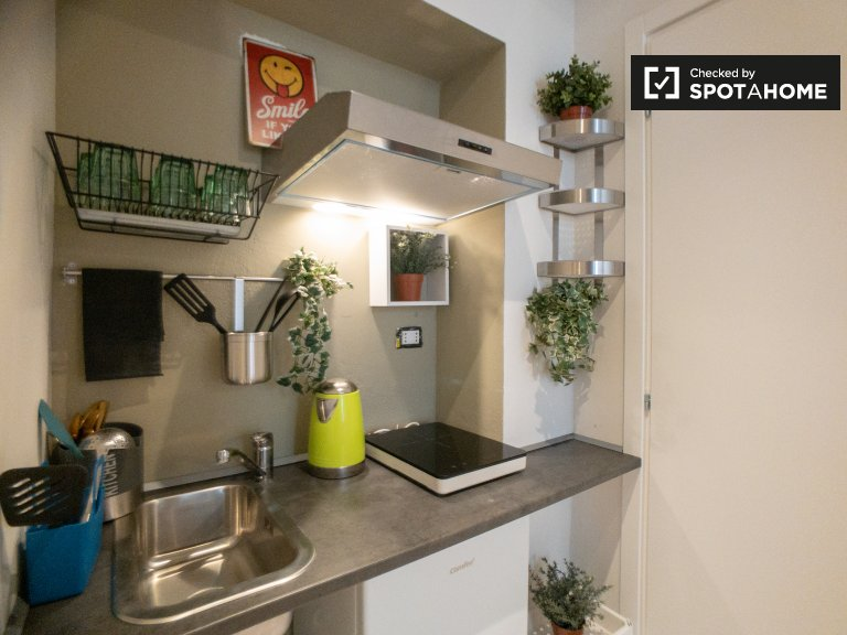Chic studio apartment for rent in Tortona, Milan