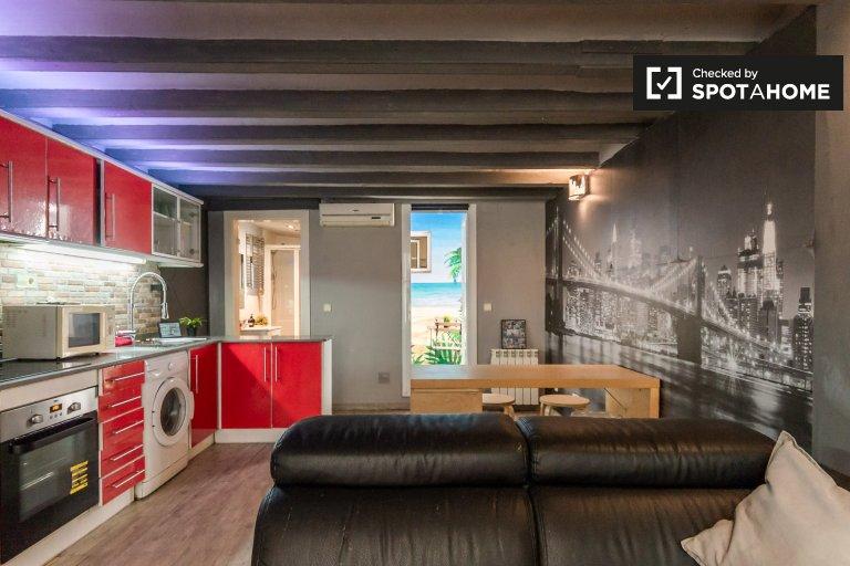 Stylowy apartament z 2 sypialniami do wynajęcia w Poble-sec, Barcelona
