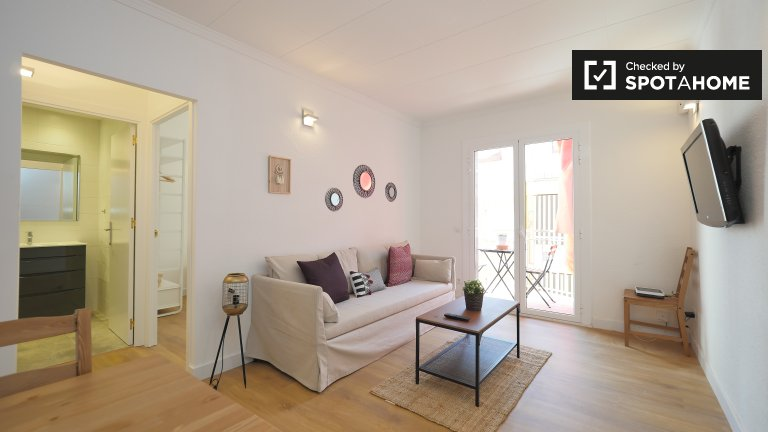 3-bedroom apartment for rent in L'Hospitalet de Llobregat.