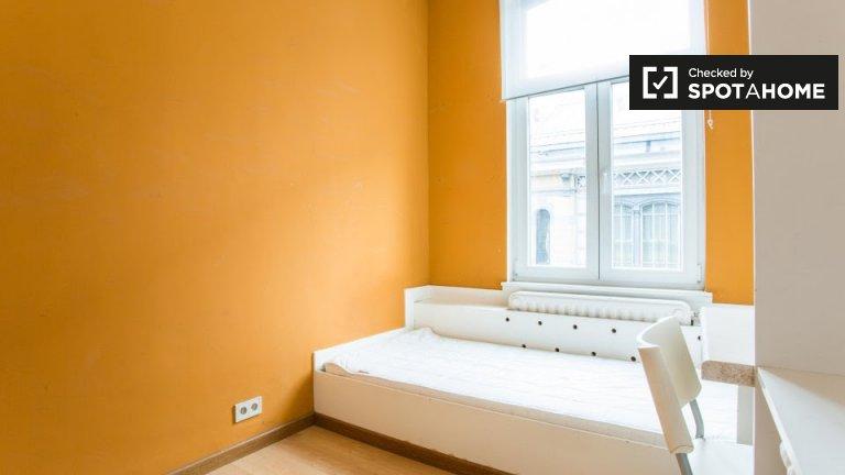 Quarto acolhedor em residência, contas incluídas, Schaerbeek, Bruxelas