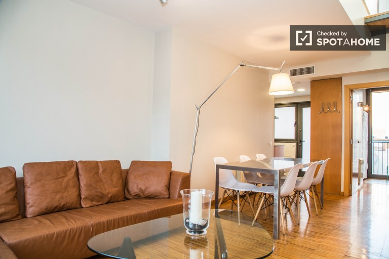 3 Room Flat with Balconies in the Gràcia area of Barcelona
