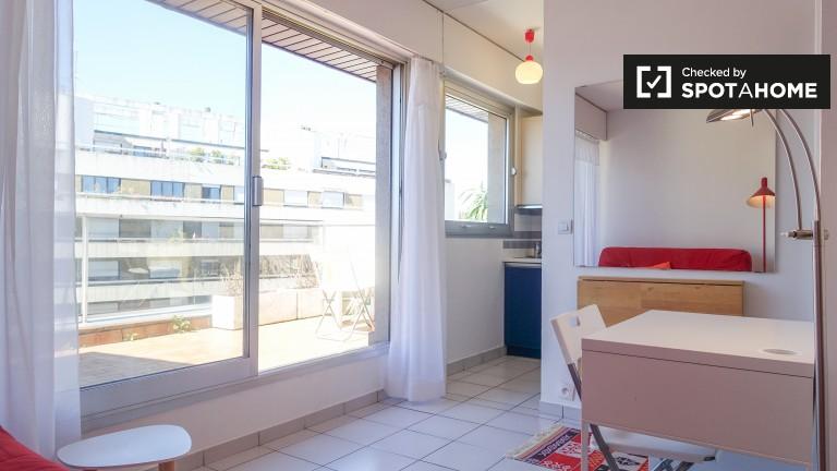 Studio apartment for rent - Vaugirard, Paris 15
