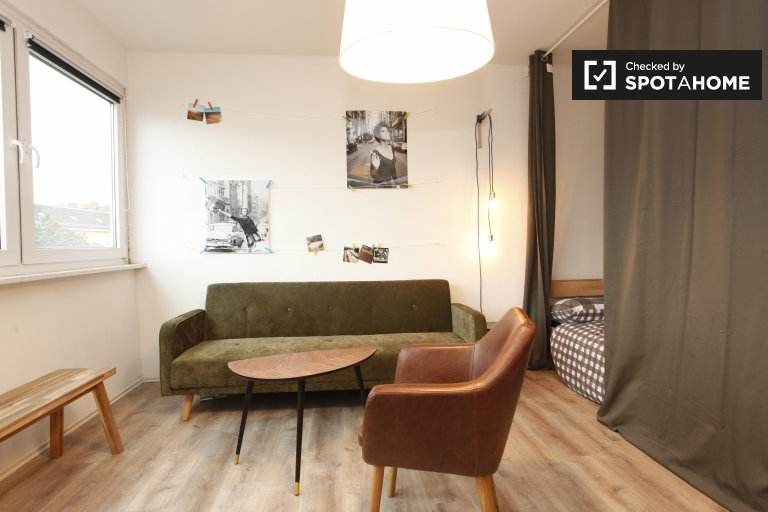 Stylish studio apartment for rent in Neukölln, Berlin